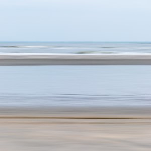2017-08-08 - Beach Colours - zand, zee en lucht<br/>Ameland - Nederland<br/>Canon EOS 5D Mark III - 70 mm - f/22.0, 0.1 sec, ISO 100